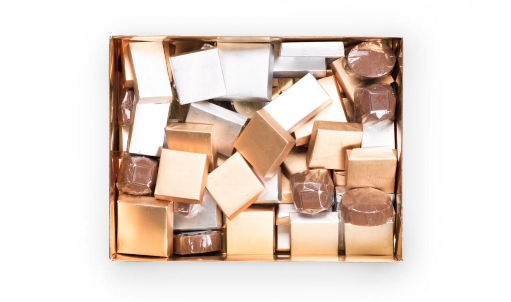 1KG Of Chocolate Inside Box