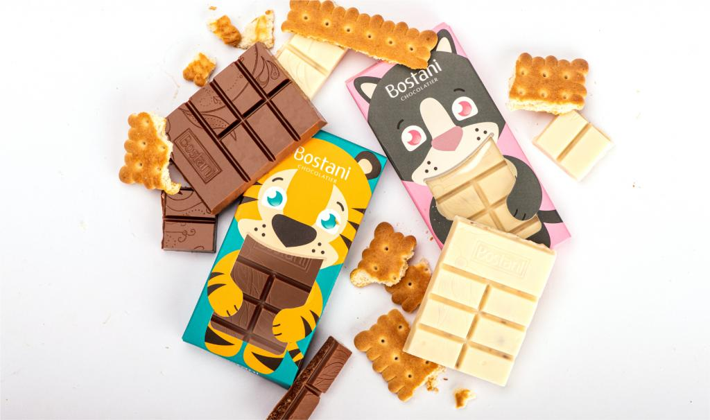 لوح شوكولاتة الحليب للأطفال مع البسكويت