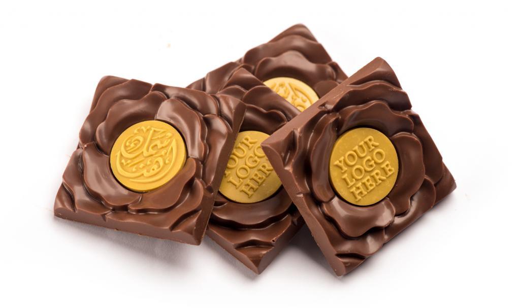 شوكولاتة الوردة إطار ذهبي