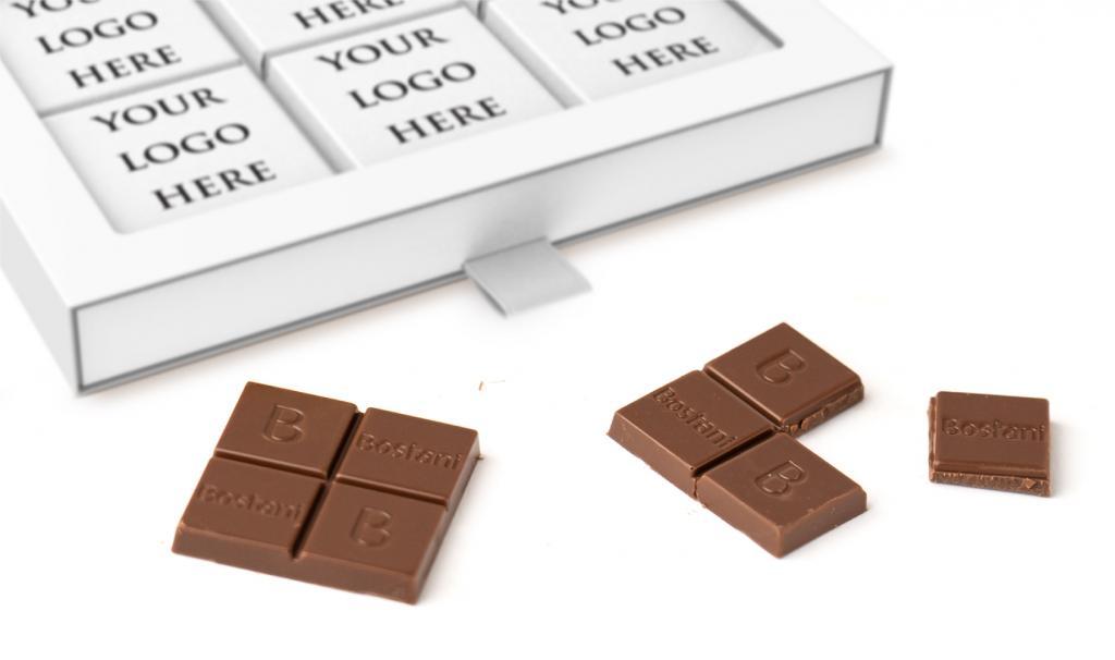 علبة الشوكولا الرقيقة البيضاء